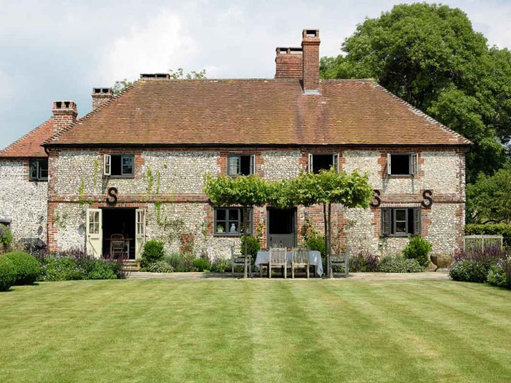 Another British country retreat