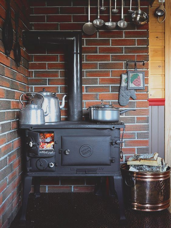 wood burning cook stove | interior design + decorating ideas More - Best 25+ Wood Burning Cook Stove Ideas On Pinterest Cooking