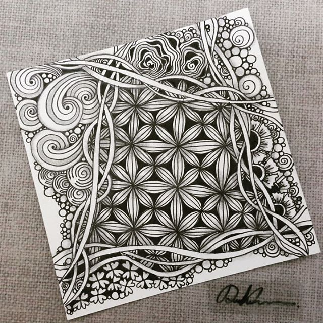 Zentangle 052816. #zentangle #zendoodle #doodle #doodleart #drawing #draw #art #artwork #sketch #sketchbook #blackandwhite #feba #zentangleart #tangle #zenart #learnzentangle #zentangleinspiration #hearttangles