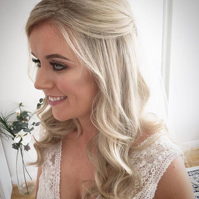 Michelle 💕 #siansharkeyhairstylist #weddinghairstylistdublin #weddinghair #weddingstyle #bridalhair