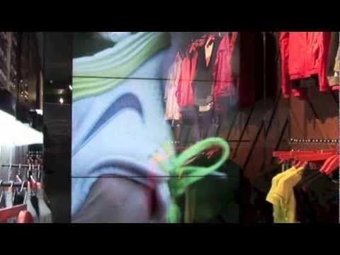 ▶ ZetaDisplay goes to Nike Fuel, London - YouTube