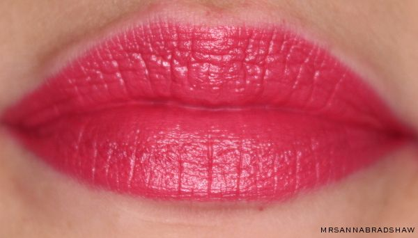 mrsannabradshaw: MAC Lipstick - Speak Louder