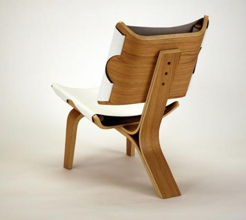 american designer cody stonerock has designed a new chair made of bent plywood and leather called kurven chair in words u201cthe leather seat can