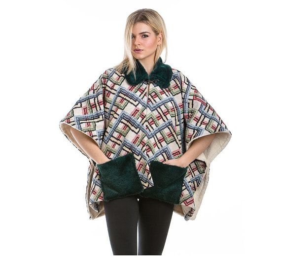 Patterned Cape With Green Neckband