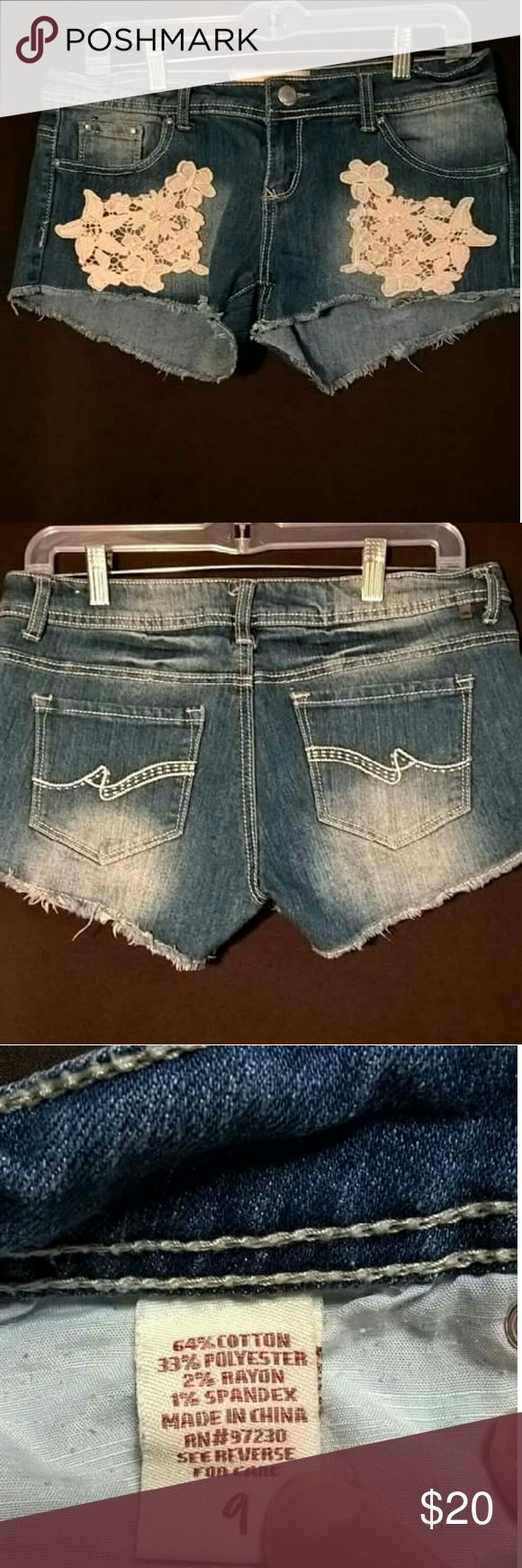NWOT ALMOST FAMOUS MINI SHORTS SZ 9 JUNIORS SUPER CUTE AND COMFORTABLE. Almost Famous Shorts Jean Shorts