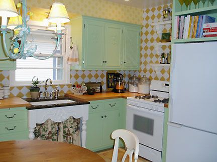 146 Best Vintage Kitchen Ideas Images On Pinterest Homes Dream Kitchens And Retro