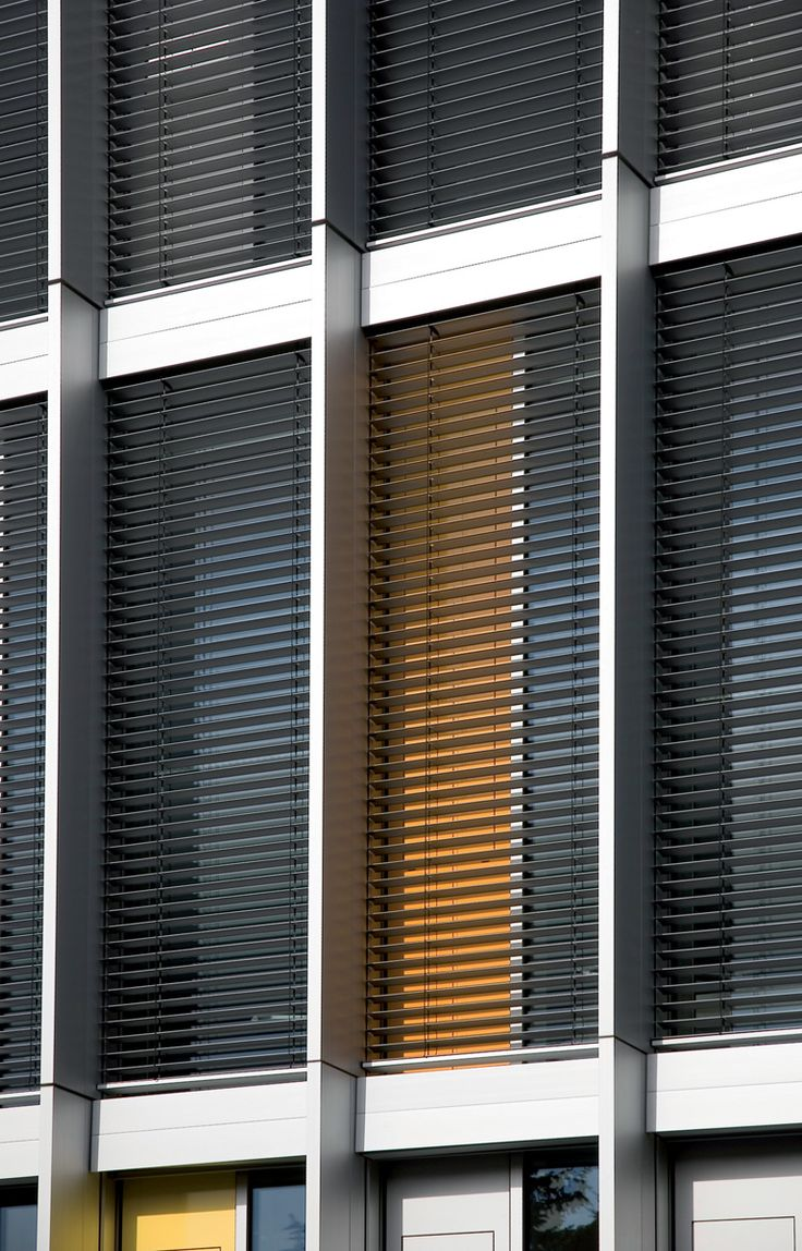Home gt hunter douglas gt shades gt hunter douglas designer roller shades - Hunter Douglas External Motorised Venetian Blinds Project Educational Facility Architect Application