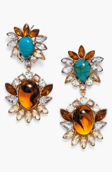 Love these floral drop earrings