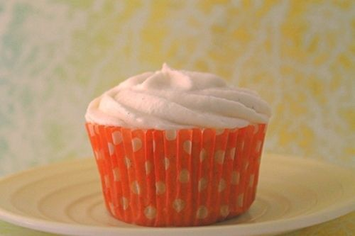 Orange Vanilla Bean Cupcakes by The Baking Robots