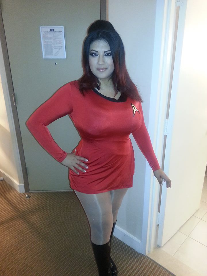 chubby girl who does porn cosplaying