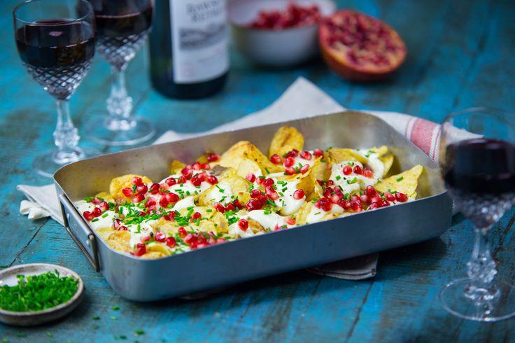Chips med fetaost och granatäpple