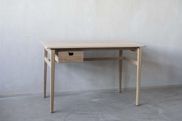Otto desk. Design Jonas Olsson and Marcus Sjögerén for Möbelverket.