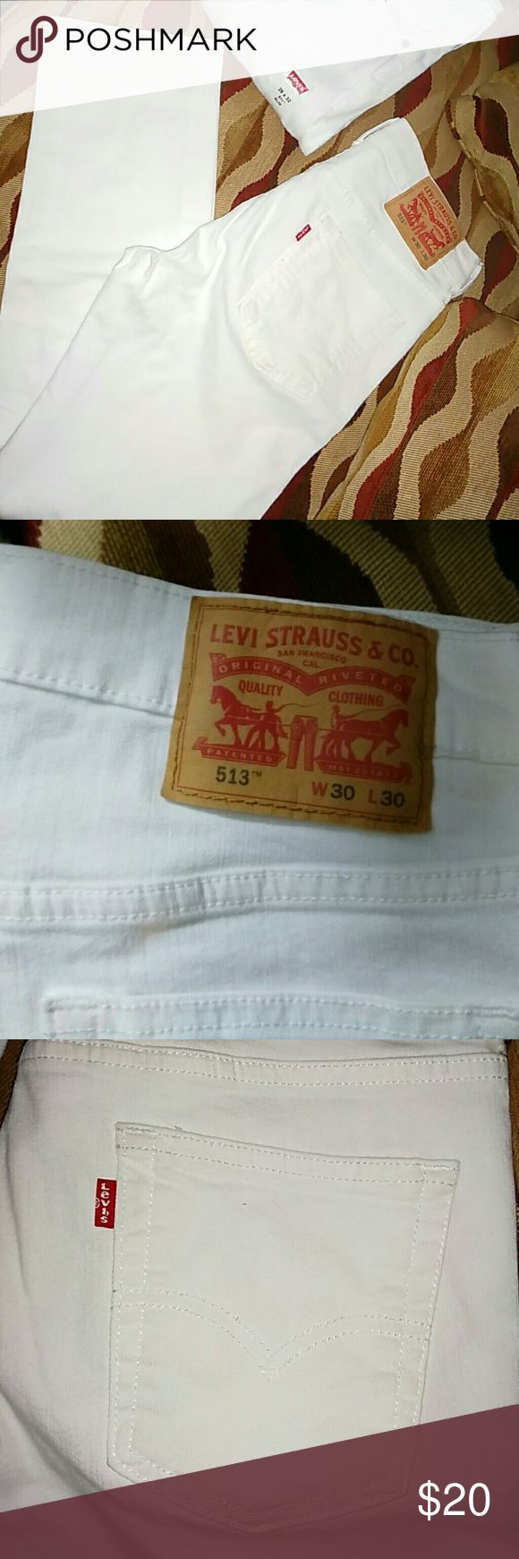 NWOT Womens White Levis 513 -sz 30/30 Womens new white style 513 Levis. Size 30 waist and 30 length. Straight Levis Jeans Straight Leg