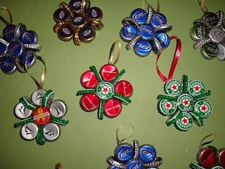 Bottle cap ornaments — I should make these with the thousands of bottlecaps my brother has lying around (could be spraypainted any color)