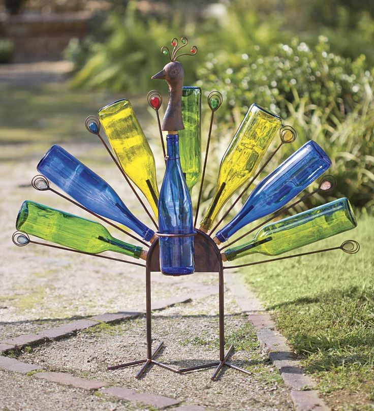 Solar Peacock Bottle Metal Yard Art: Make with rebar and bottles