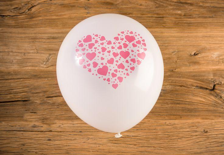 Globo Blanco con Mini Corazones Rojos - LOVERSpack. Con este globo crearas la atmósfera que tanto estás buscando crear para esa ocasión especial, aniversario, cumpleaños, boda o simplemente sorprendera a tu pareja. #decoracióncumpleaños #decoraciónaniversario #decoraciónboda #sorprenderamipareja #regalosoriginales #globos #decorarhabitaciónromántica #nocheromántica #parejas #regalos #sorpresas #LOVERSpack