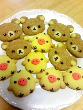 cute :) Rilakkuma & Kiiroitori cookies
