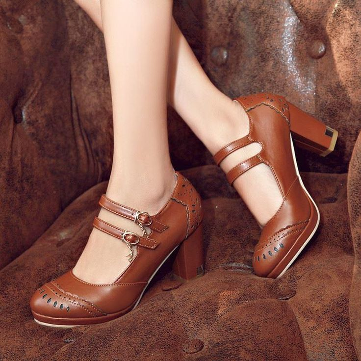 Check out our website for nice shoes and find good 16 spring and autumn single shoes vintage carved hasp thick high-heeled 32 33 women's small shoes ultralarge 40 - 45 work free shipping for your party. andy0913 provides gorgeous and amazing loafers for men, red shoes and mens slippers here.