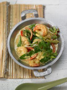Thailändisches Garnelencurry mit Paprika und Koriander