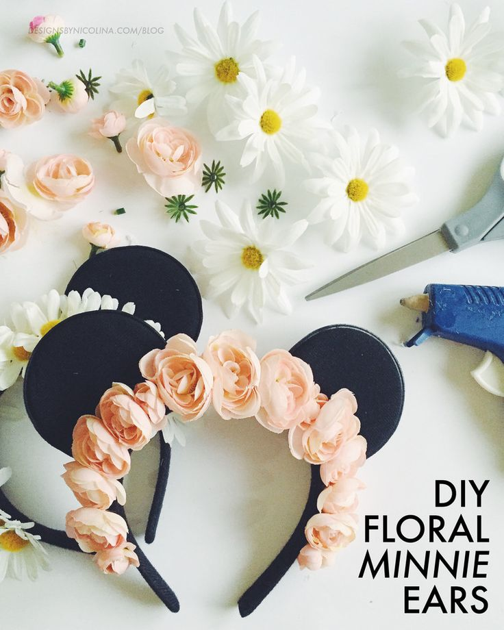 DIY Floral Minnie Ears. so cute! ♡ Pinterest : @1kco0zwe8r4mzzk