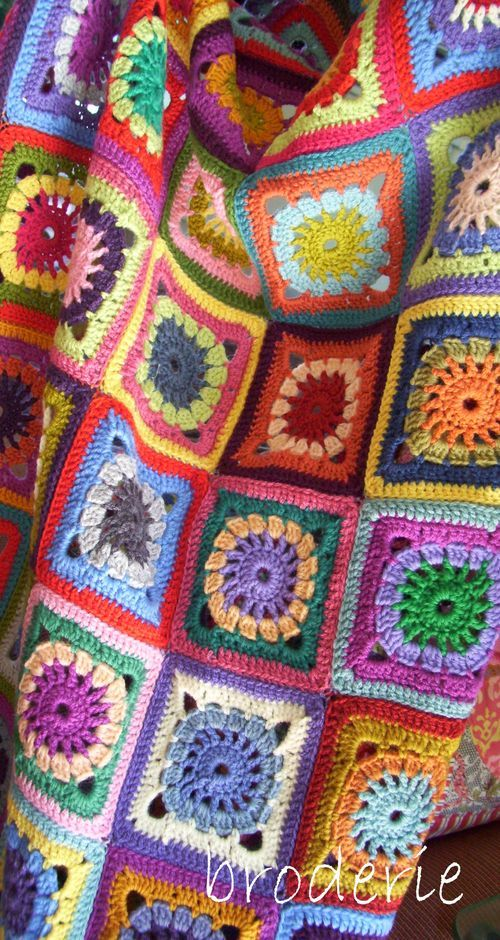 Crocheted blanket by Trish Harper on http://broderie.typepad.com