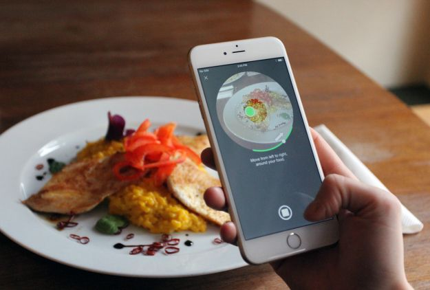 3DAround app developed by Dacuda, a Swiss software company exclusively for iPhone 6 devices enables them to take pictures of objects at 360 degrees which can then be viewed as 3D images.