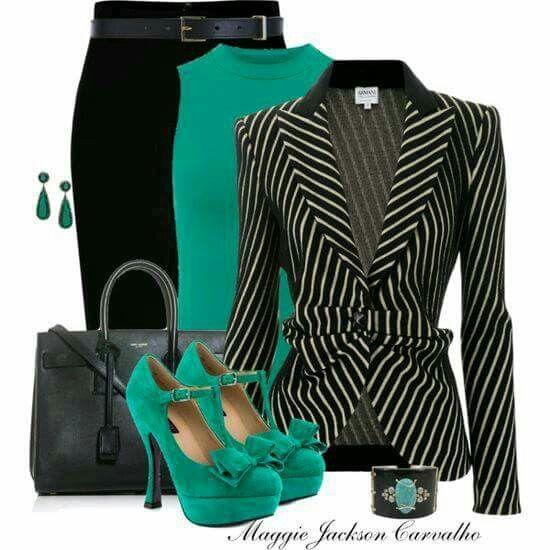 Falda recta,Blusa de media manga verde, Saco negro rayado, Bolso negro y Zapatos verdez