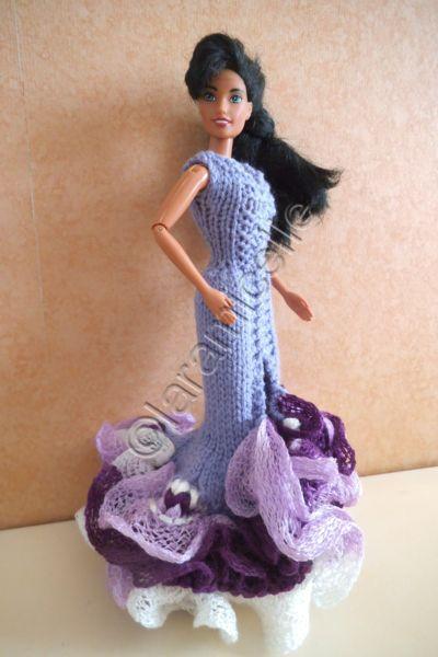 tuto gratuit barbie : robe espagnole avec laine à écharpe