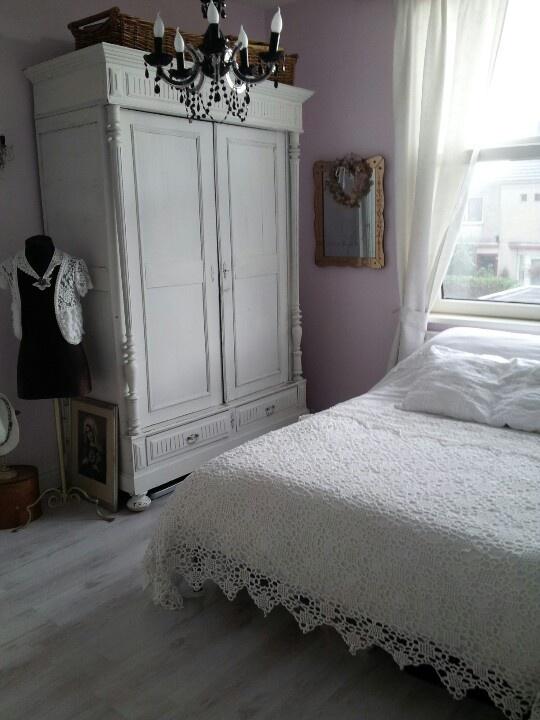 25 beste idee n over romantische slaapkamers op pinterest romantisch slaapkamer decor - Romantische witte bed ...