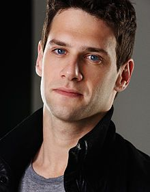 Justin Bartha... fell in love with him when he was Riley Poole in National Treasure