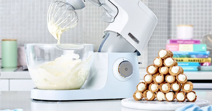 Popping Cannoli - recipe by Anna Polyviou