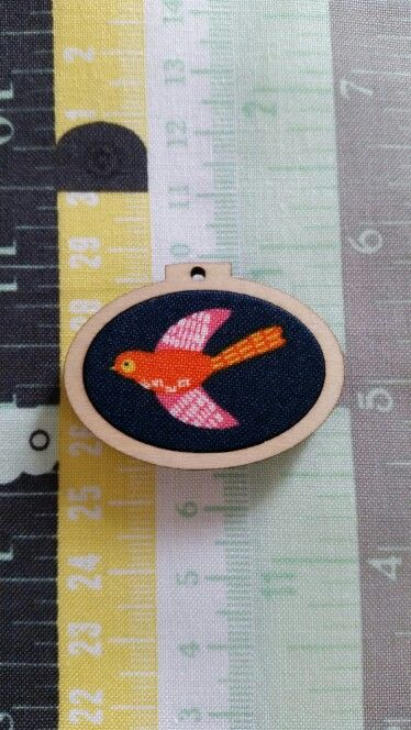 Bird mini hoop
