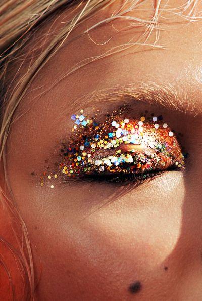 Summer skin: Charlotte Carey by Alex John Beck for Models.com, 2016.