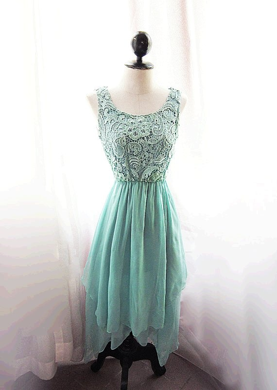 Green Formal Dresses for Rustic Wedding