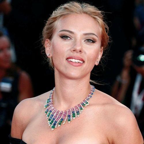 Buon compleanno Scarlett Johansson! 32 anni e mille vite. Tutto sull'attrice: