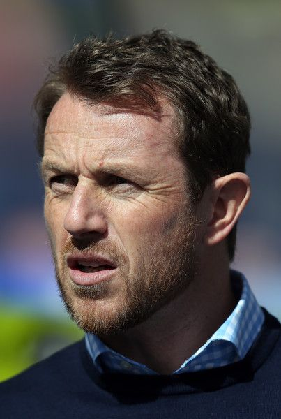 Gary Rowett Photos Photos - Birmingham City manager Gary Rowett looks on during the Sky Bet Championship match between Birmingham City and Wolverhampton Wanderers at St Andrews on April 11, 2015 in Birmingham, England. - Birmingham City v Wolverhampton Wanderers: Sky Bet Championship