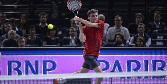 Gilles Simon a battu Benoît Paire au deuxième tour du BNP Paribas Masters (6-4, 4-6, 6-1), mardi à Paris. Il rejoint Novak Djokovic en 8eme de finale.