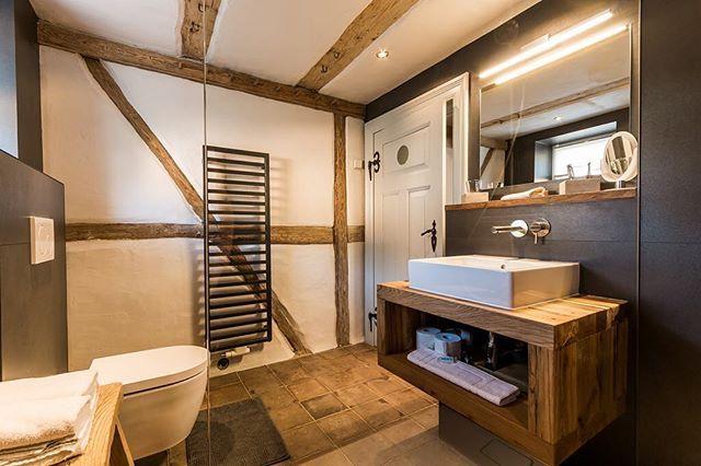 Instagram media by holzwerkhamburg - Waschtisch / Waschtischplatte aus Eichenholz-Altholz #interiordesign #design #architecture #interior #holzwerkhamburg #hamburg #tischmanufaktur #bathroom #living