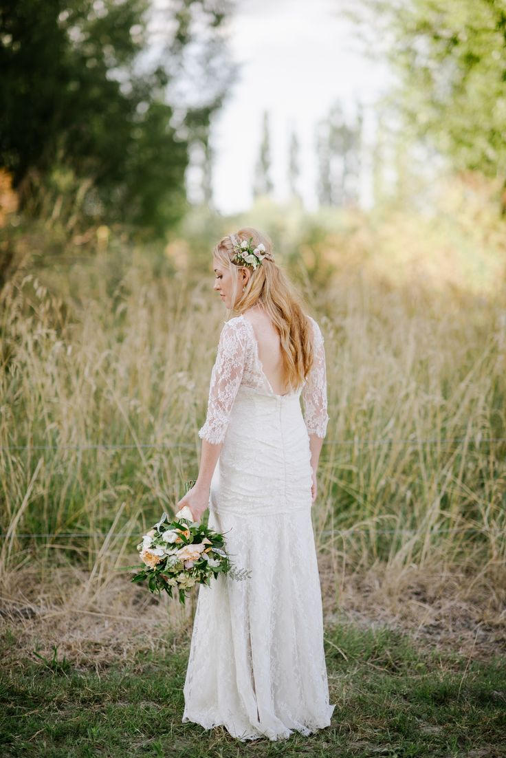 Real Bride Francie 2015 Hair by Loco Flowers by Magdalen Hill Photography by Natalie McNally  NZ Hawkes Bay