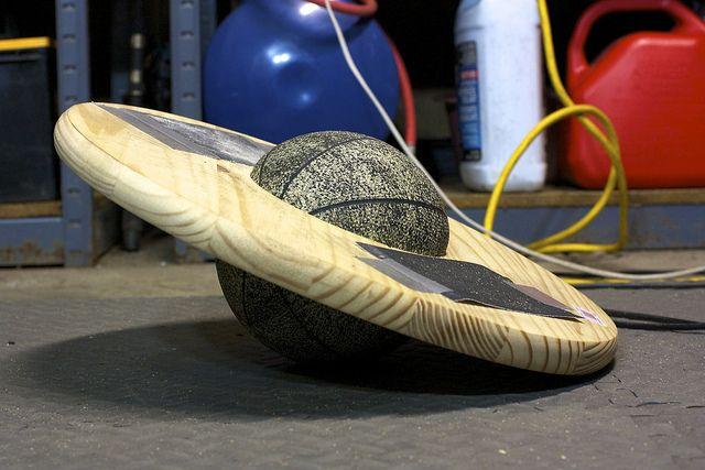DIY Balance Board by legsonasnake, via Flickr