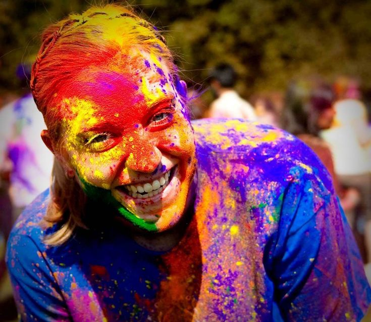 Holi Colorful Girls Face Pictures