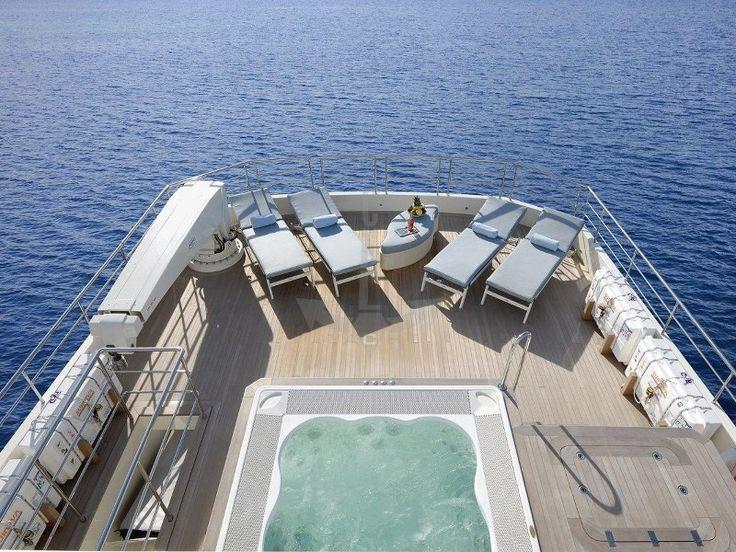 SERENITAS | CNL Yacht