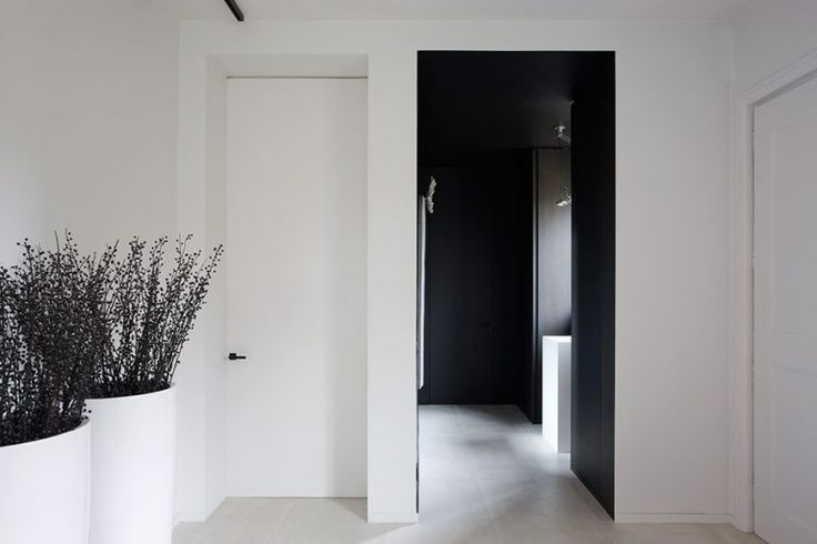 interior-doorway-dpages-i