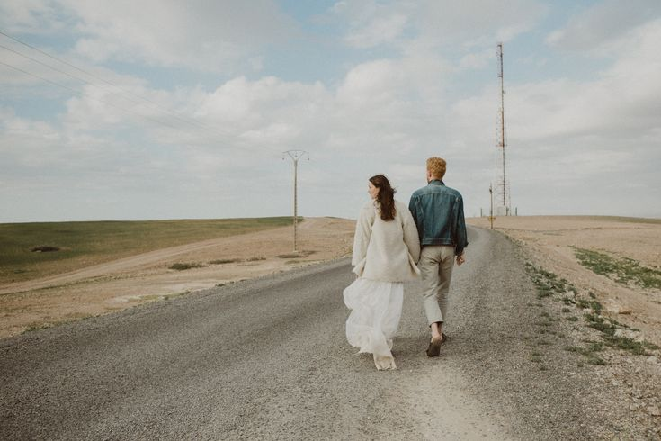 Destination wedding photographer Morocco. Engagement session near Marrakech. Wedding dress: Otaduy.