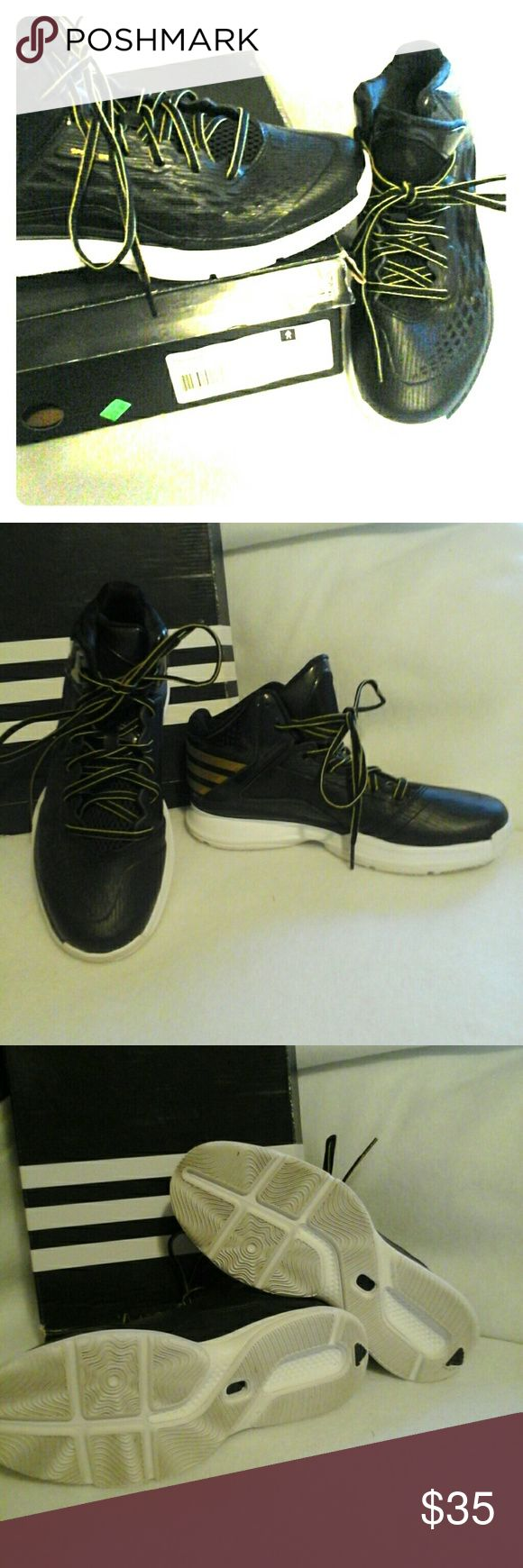 Adidas Basketball Shoes Transcend Adidas Hi Tops Black and Gold. Boys Size 5. Never worn outside of the house. Adidas Shoes