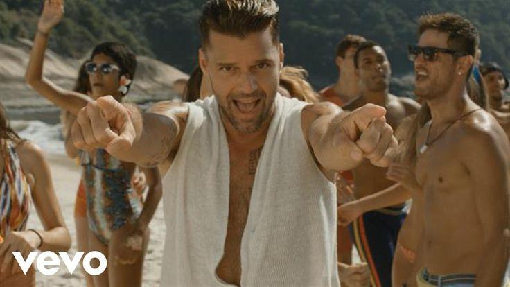 O vídeo oficial de Ricky Martin para a música `Vida`. Clique aqui para ouvir Ricky Martin no Spotify: http://smarturl.it/RickyMSpotify?IQid=RickyMVida Você p...