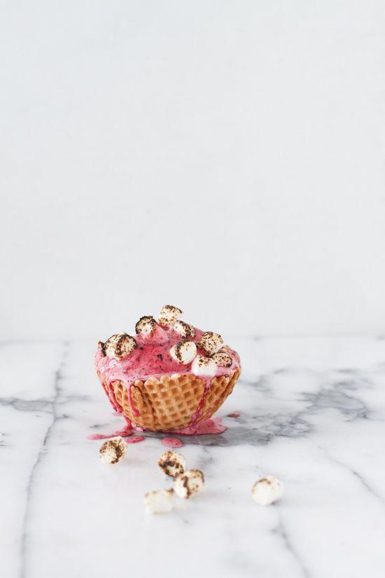 3 Delicious Ways to Celebrate National Toasted Marshmallow Day (via Bloglovin.com )
