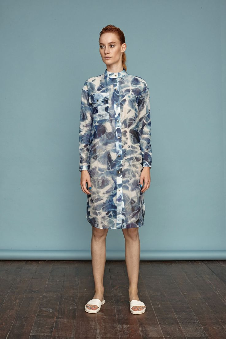 Hand-painted water durface pattern on this breezy shirtdress. #doritomcsanyi #ss15 #waterpattern #handpainted