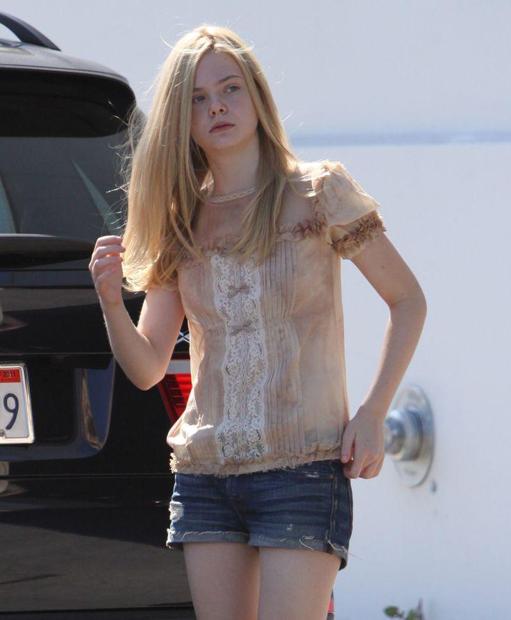 ELLE FANNING   SHORTS   Elle Fanning out in short shorts 15 (Preppie_Elle_Fanning_out_in_short ...