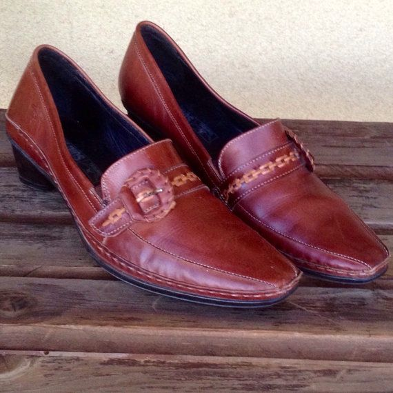 Brown Leather Ladies Loafers Genuine Leather by WeFindVintage